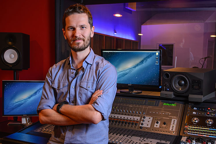 Five Things You Need To Know Before Becoming a Music Producer